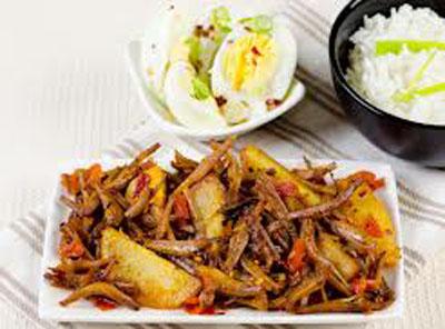 Sri Lankan Dried Sprats Stir Fry (Haal Masso Thel Dhala) -
